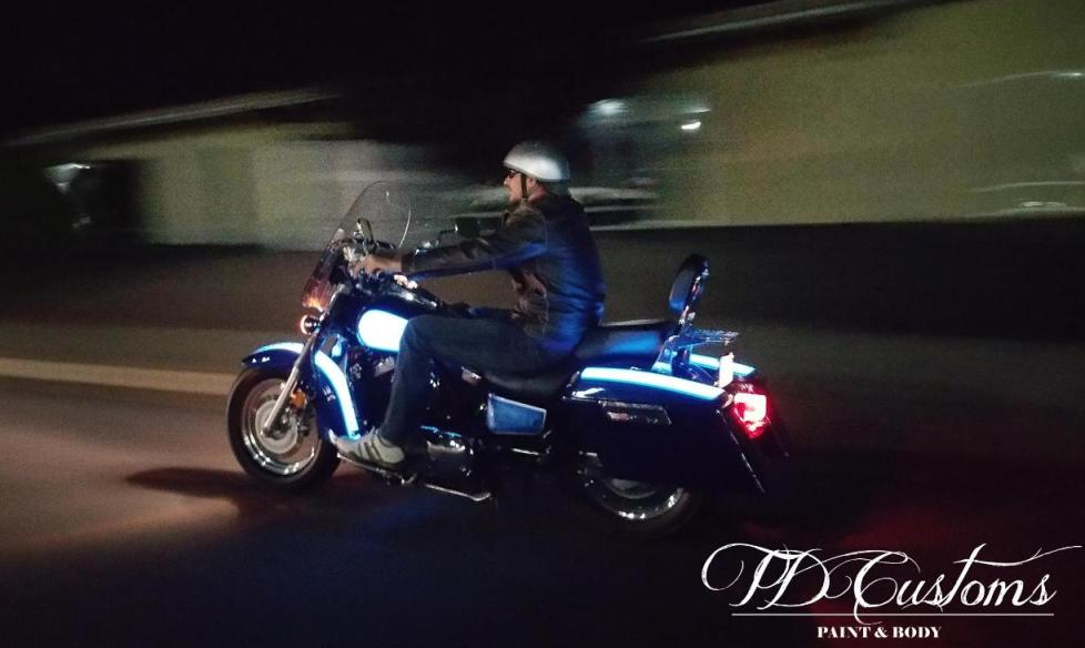 Lumilor by TD Customs | Electroluminescent light up paint motorcycle