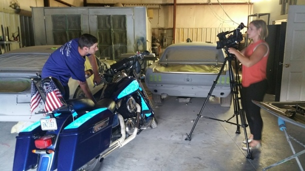 Fox Carolina shows glow in the dark paint Lumilor - Motorcycle Paint Job by TD Customs